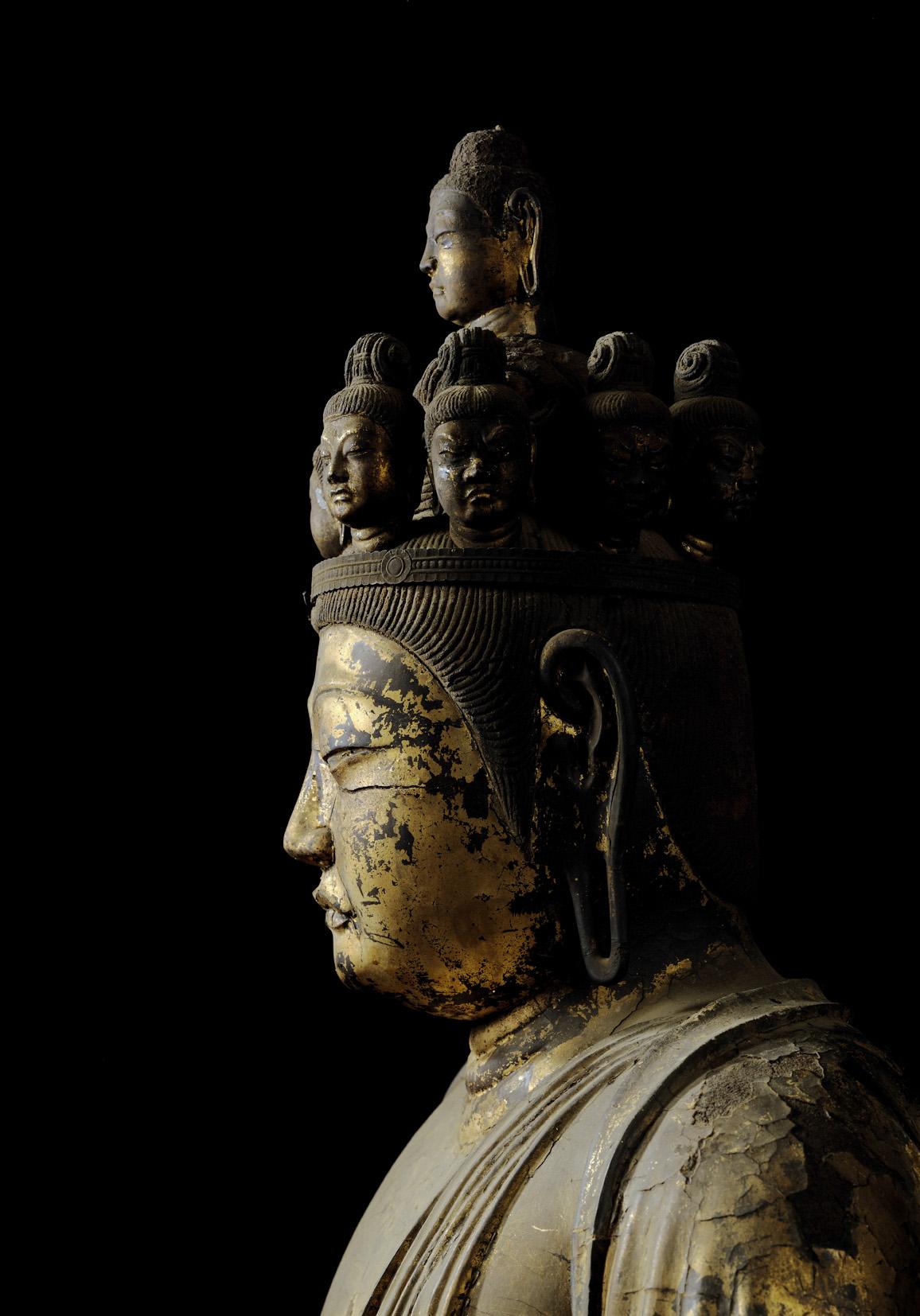 foto tratta dalla ostra statute di buddha nella terra di Yamato