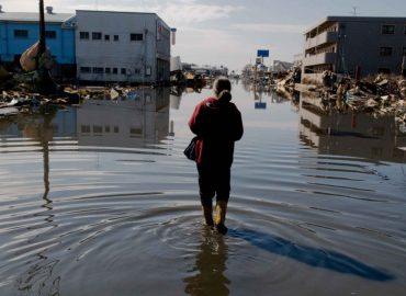 immagine della mostra japan tsunami di gianni giosuè